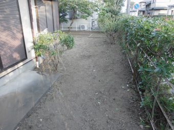 埼玉県鴻巣市・住宅敷地内除草作業